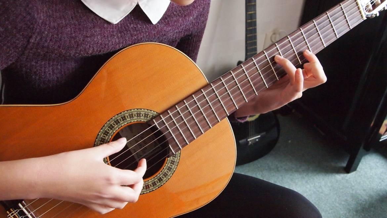 Kroužek kytary